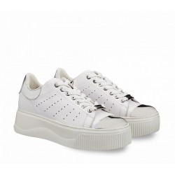 Woman's Shoes Cult offwhite and silver